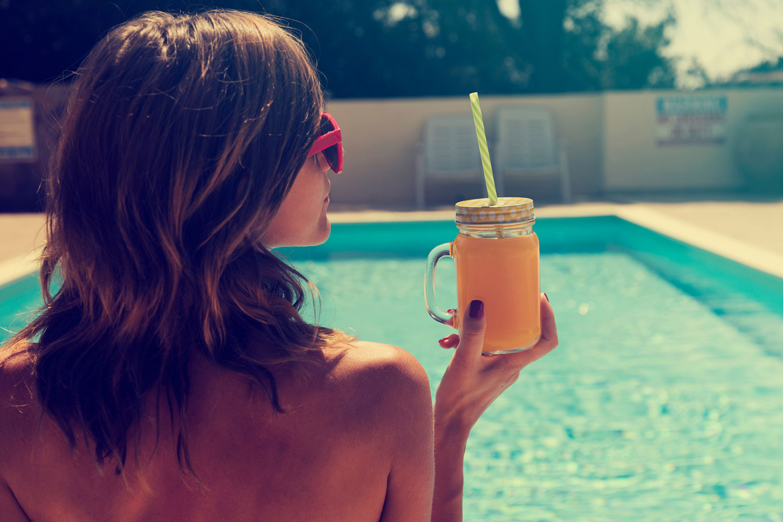 Veja mitos e verdades sobre os cuidados com o cabelo no verão