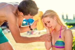 Evite a insolação e cuide bem de seu corpo nas férias